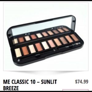 Makeover essentials Other - Me classic 10 - Sunlit Breeze BRAND NEW💘💘