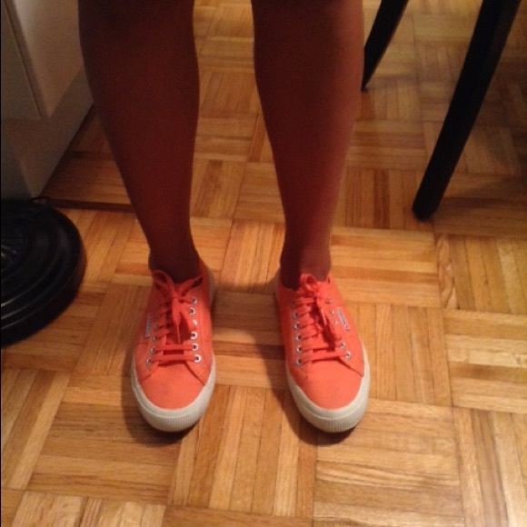 67c700d98f20 Superga like NEW orange (coral) sneakers. M 560be89fd6b4a16bd7023961