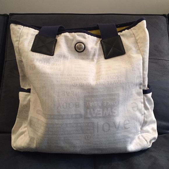 a0098751ed lululemon athletica Handbags - Lululemon white gym bag