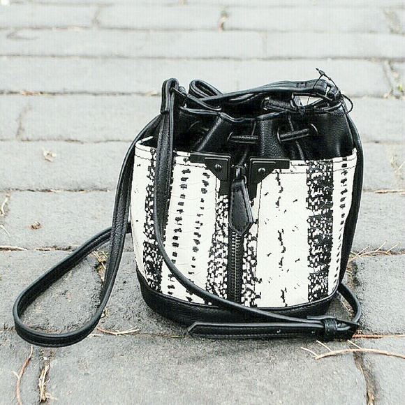7830bcda444 Danielle Nicole Black Snake Print Mini Bucket Bag