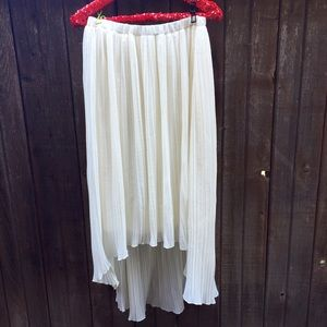 Velvet Heart Skirts - Cream Pleated Midi Skirt Size Large