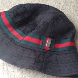 50 off gucci other authentic gucci bucket hat from dazzlelita 39 s closet on poshmark. Black Bedroom Furniture Sets. Home Design Ideas