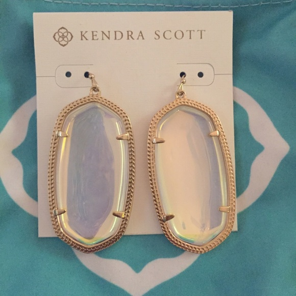 You can even customize your Kendra Scott jewelry at the Color Bar and make it exactly what you want. Be sure to get great savings and discounts on your next purchase by taking advantage of Kendra Scott coupon codes, special deals and exclusive offers. Kendra Scott Store Info. Shipping Info Returns & Exchanges Store Locator.