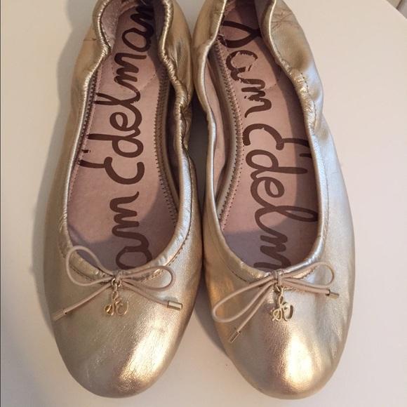 56466c03f8a4fe Sam Edelman Gold Leather  Felicia  Flats. M 560c56c58e1c61729b02625a