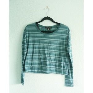 F21 | NWT Cropped Long Sleeve