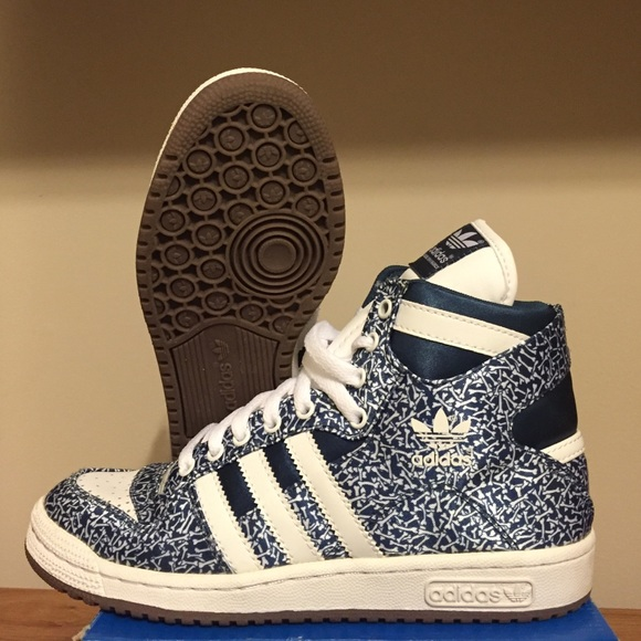bd5169866de87  SOLD ON VINTED  Limited edition Adidas sneakers