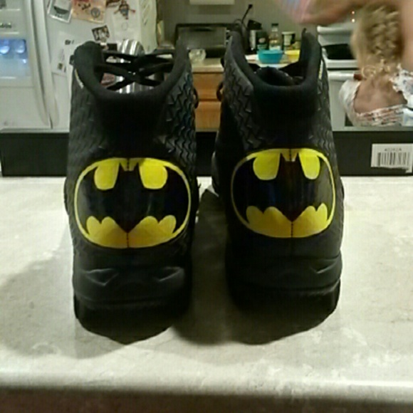under armour batman cleats youth