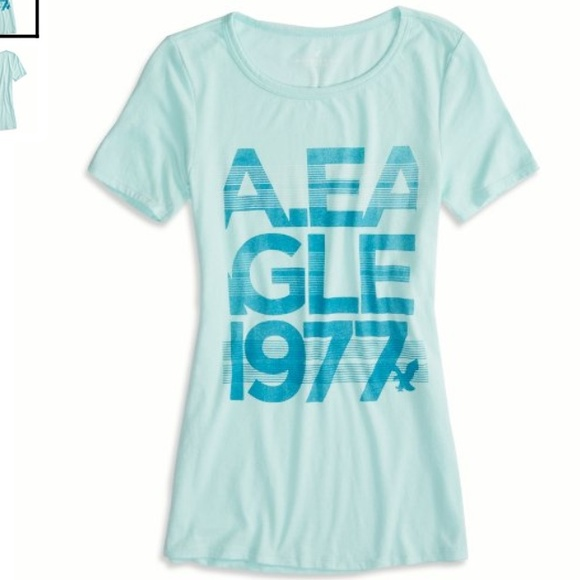 926f90946a47d New American Eagle Womens Graphic T-Shirt - XLarge