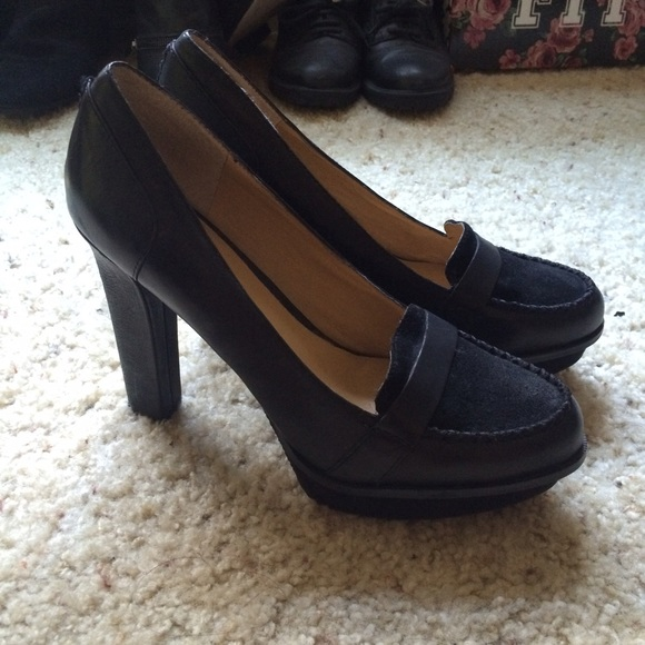 3b2f573d99d ... Black Penny Loafer Heels 8M. M 560cc995a72265822f0022a2