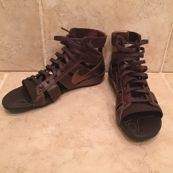 8f247365694 ... closeout nike womens gladiator sandals 06fb1 d9c51