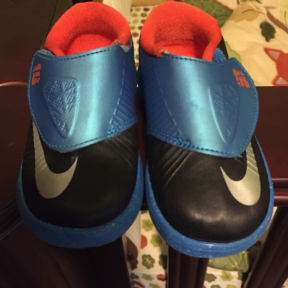 Nike KD toddler 5c from Luxuryitmesonly s closet on Poshmark
