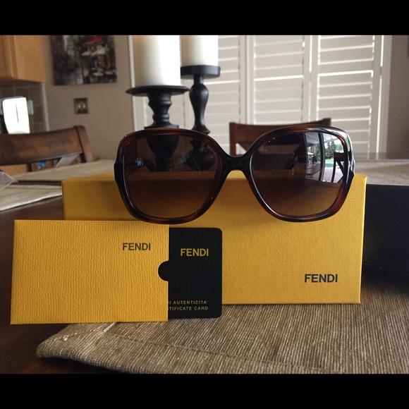 343ee520121e FENDI Accessories - Used authentic Fendi sunglasses with case
