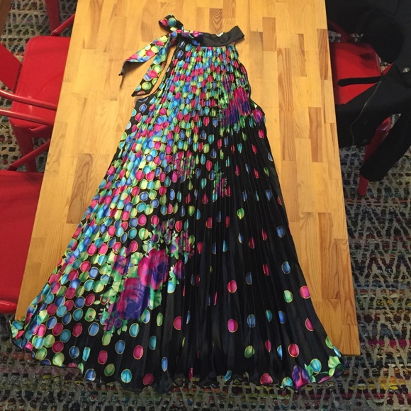 60% off Dresses &amp- Skirts - One-of-a-kind Party Dress from Lisa&-39-s ...