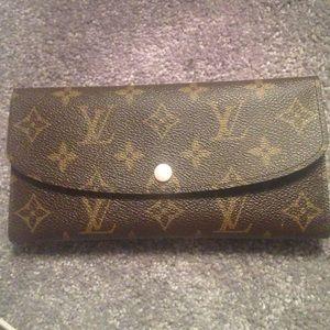 Auth Rose Nacre emilie Louis Vuitton wallet