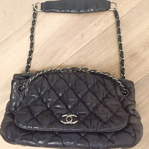 6081b623dec4 CHANEL Handbags - CHANEL  Bubble  Bag in Charcoal Leather