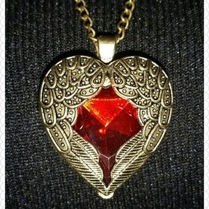 Jewelry - Red heart necklace