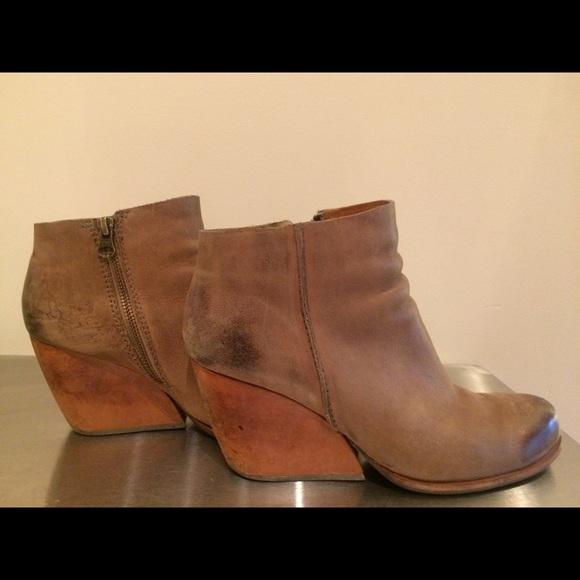 e60da486dbcb Kork-Ease Shoes - Kork-ease Natalya wedge heel bootie