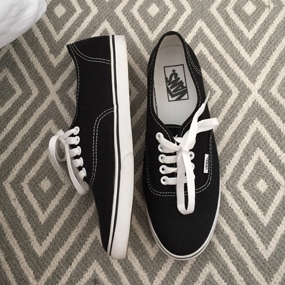 small sole vans