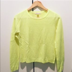Forever 21 Sweaters - Cute Lime Sweater Size:S LIKE NEW