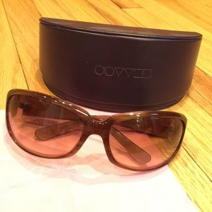 Oliver Peoples Accessories - Oliver Peoples Kali Sunglasses
