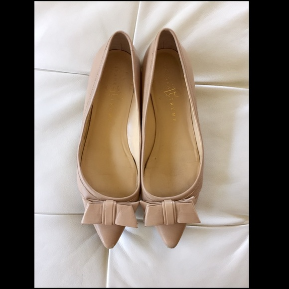 c12b1ca7f90 *SALE* Ivanka Trump Nude Leather Bow Flats