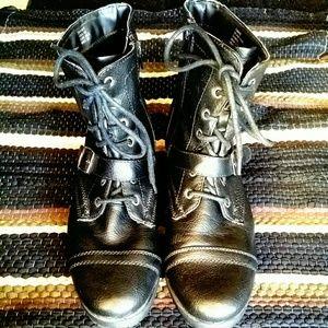 NEW LISTING Black Combat Boots w/ Buckle & Zipper