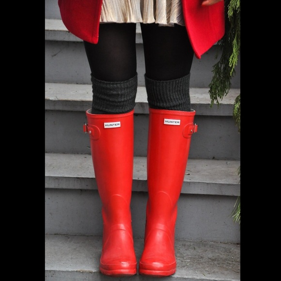 00442cc44c0 ❗️SALE❗️Hunter rain boots in red NWT