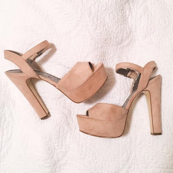 8d24338f70d Brash Shoes - Taupe suede platform heels - size 7.5