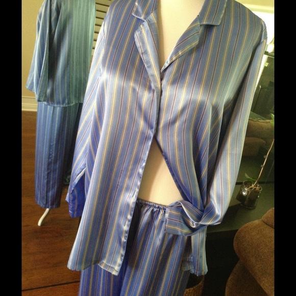 b1c2a599601c0 VICTORIA'S SECRET vintage silky striped pajamas