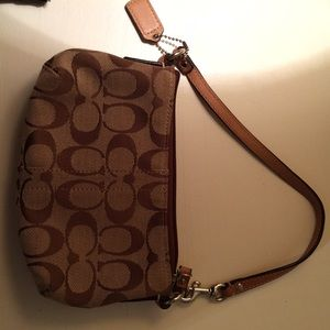 Coach wristlet logo brown tan bag monogram clutch