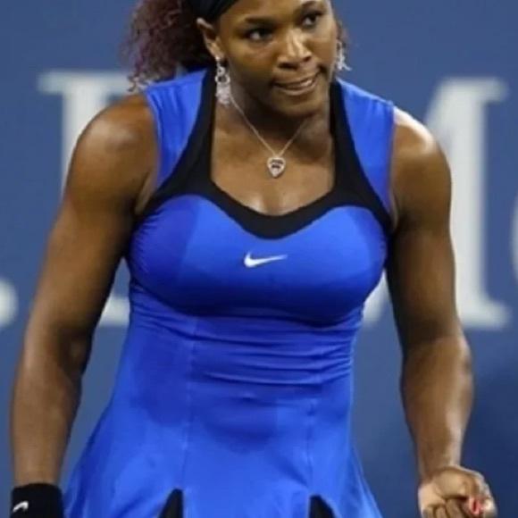 Nike Serena Dress