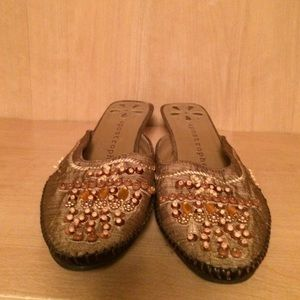 Apostrophe Shoes - Beaded shoes