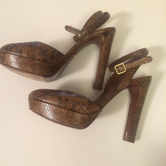 outlet cheap authentic classic Tory Burch Snakeskin T-Strap Pumps free shipping browse brand new unisex cheap online pay with visa cheap price XA25Vjn4