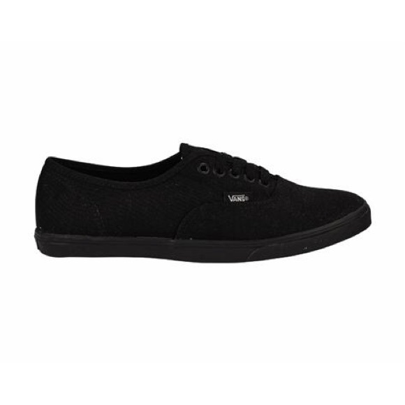 vans authentic lo pro skate shoe - black monochrome