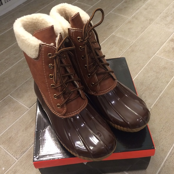 adriana shoes brown duck shearling rain boots sz 9 brand new - Duck Rain Boots