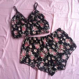 Other - Black floral nighty shorts set