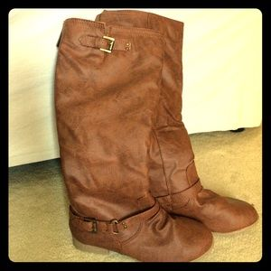 New Brown boots size 6.5