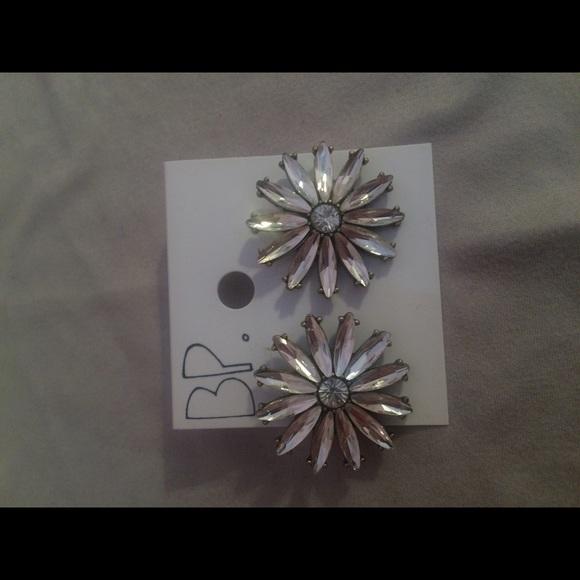29 off nordstrom jewelry brass plum earrings from On nordstrom brass plum jewelry