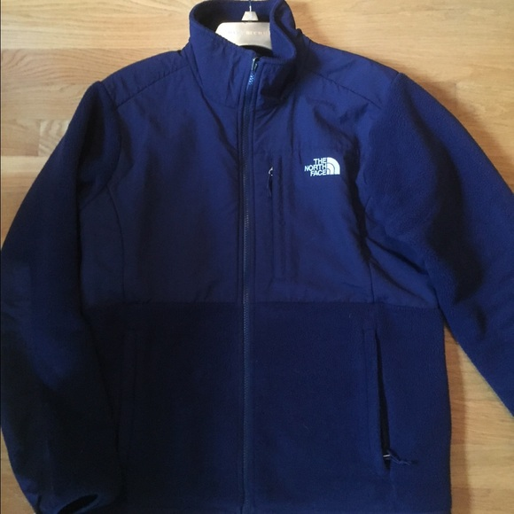 Navy Blue North Face fleece jacket 9369a2b6f8b8