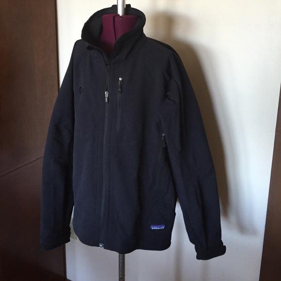 Patagonia Jackets & Blazers - Black Patagonia Jacket