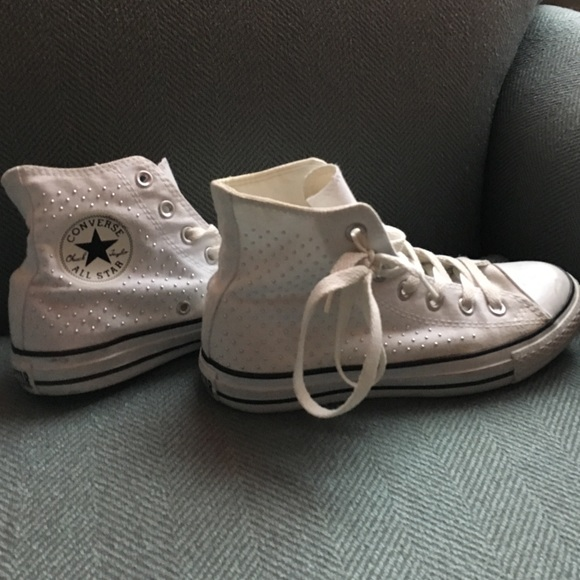 951e51eb5b681c Converse Shoes - White converse high top white beaded size 7 women
