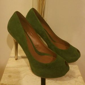 Zara Green suede Zara peep toe pumps w gold heels