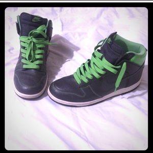 "Rare! 08"" Nike Dunks! FINAL PRICE!!!!🎉🎉🎉🎉"