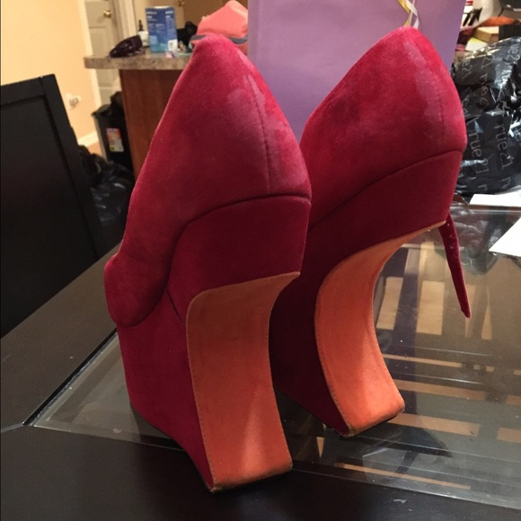 Sexy shoes for less