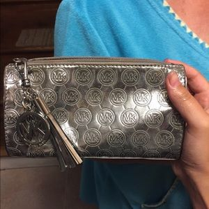 Authentic Michael kors makeup bag