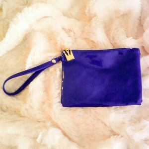 Antthony Handbags - New Antthony faux patent leather blue wristlet.