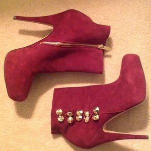 "Vince Camuto ""oxblood"" suede booties"