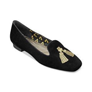 Isaac Mizrahi Shoes - Sale! Black and Gold Isaac Mizrahi Flats NWT