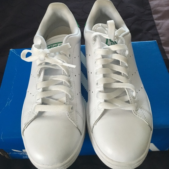 pretty nice dc856 2f074 Adidas Shoes - Original ADIDAS Stan Smith Sneakers