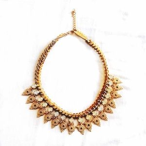 Queenmab Boutique  Jewelry - Gold Boho Style Necklace